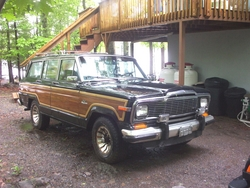 seanschero 1985 Jeep Grand Wagoneer