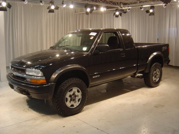 Another DriverJ 2003 Chevrolet S10 Extended Cab post... - 10939968