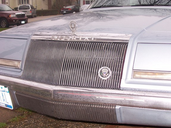 mamrom 1993 Chrysler Imperial 9360711