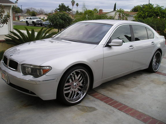 MadBamboo's 2003 BMW 7 Series