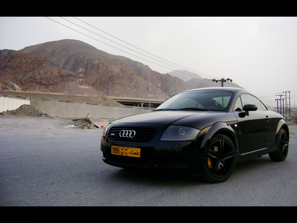 weedoz 39 s 1999 audi tt in muscat. Black Bedroom Furniture Sets. Home Design Ideas