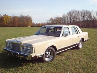 87_lincoln's 1987 Lincoln Town Car