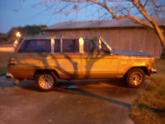 Another tone361 1986 Jeep Grand Wagoneer post... - 10960232