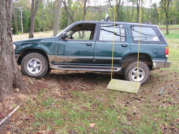 Another cory10 1996 Ford Explorer post... - 10964039