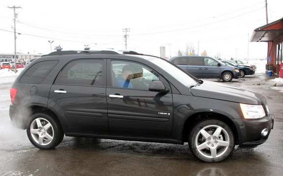 marinemom2003's 2008 Pontiac Torrent