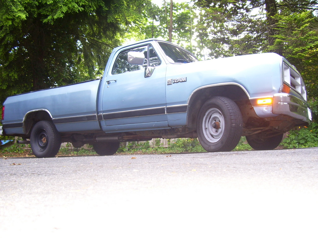 Another Dodge-D-100 1988 Dodge D150 Club Cab post... - 10972412