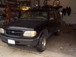 DiamondAudioDude 1995 Ford Explorer Sport
