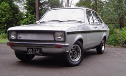 1andonlywhitie 1980 Ford Escort