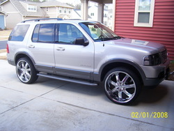 04Expos 2004 Ford Explorer