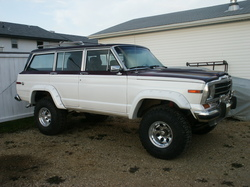 twoponchos 1987 Jeep Grand Wagoneer