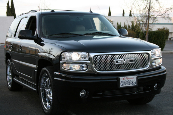 bigjherms 2005 gmc yukon denali specs photos. Black Bedroom Furniture Sets. Home Design Ideas