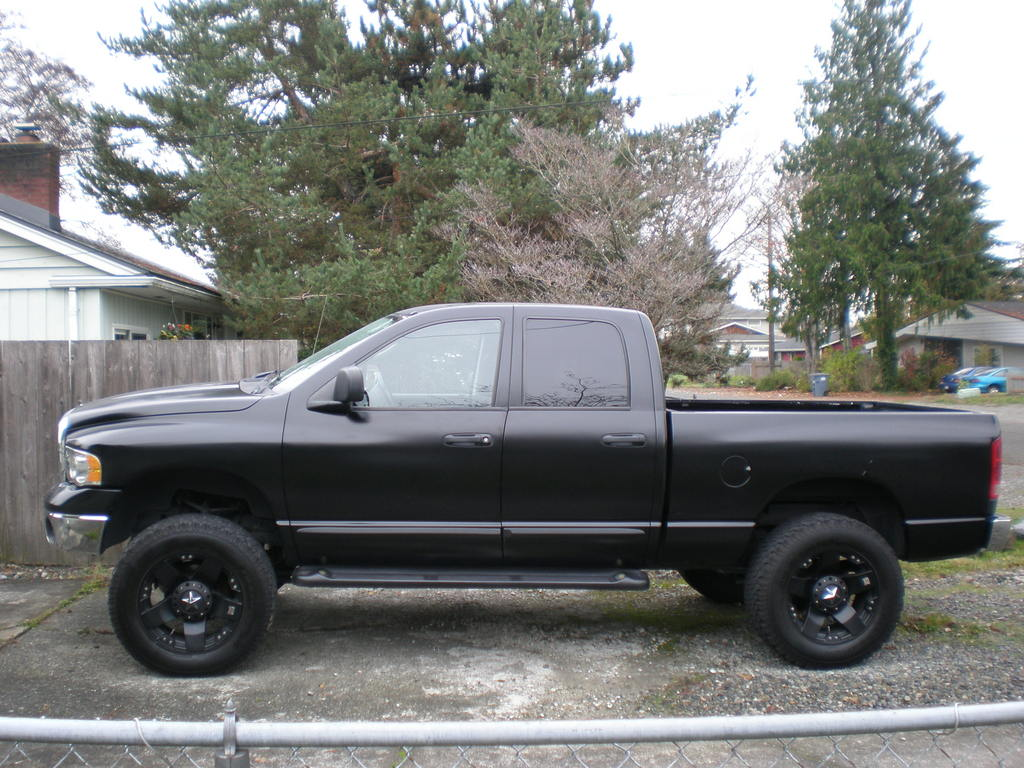 the gallery for matte blacked out dodge ram. Black Bedroom Furniture Sets. Home Design Ideas