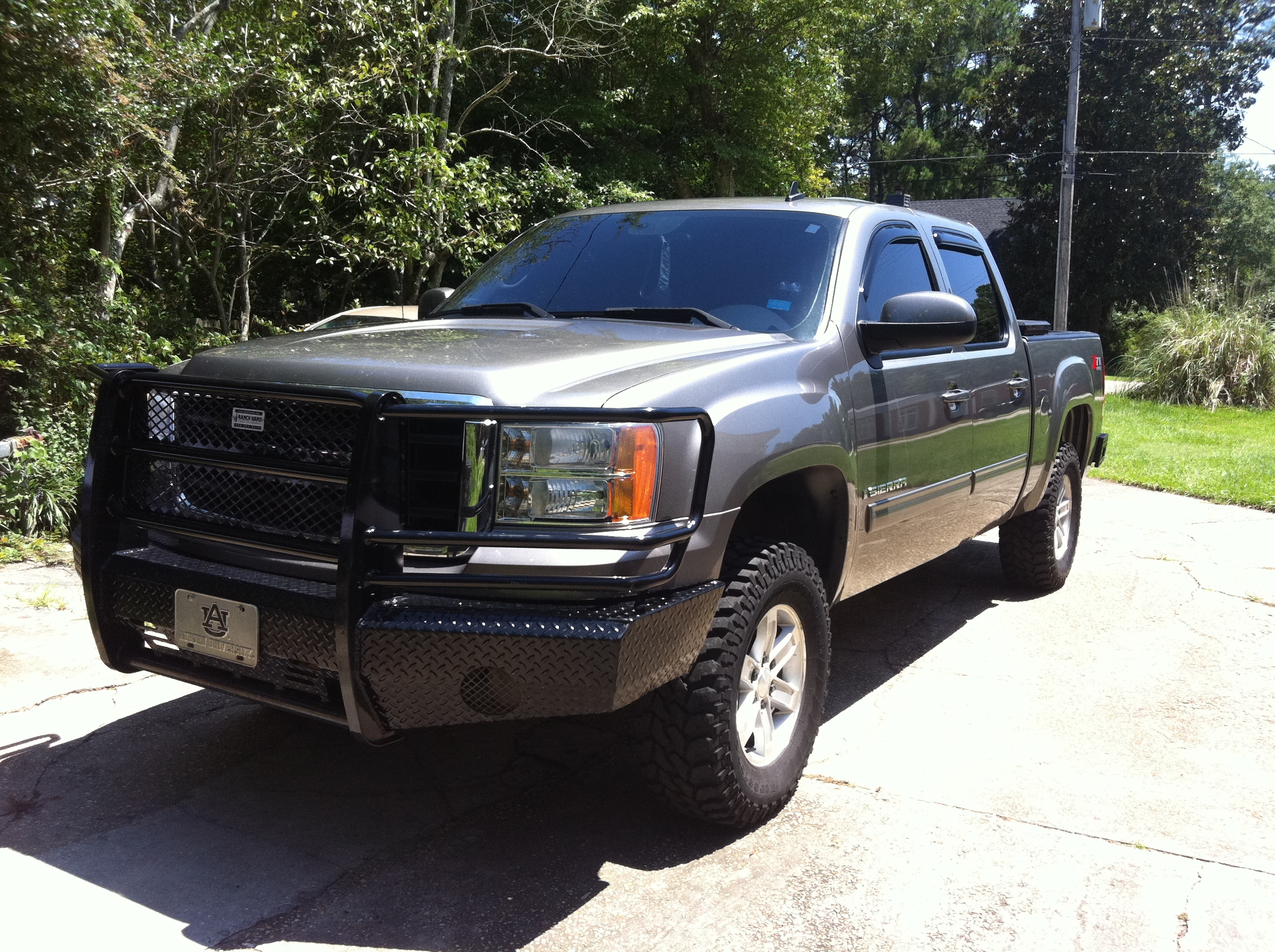 ryanc2 2007 gmc sierra 1500 crew cabslt pickup 4d 5 3 4 ft specs photos modification info at. Black Bedroom Furniture Sets. Home Design Ideas