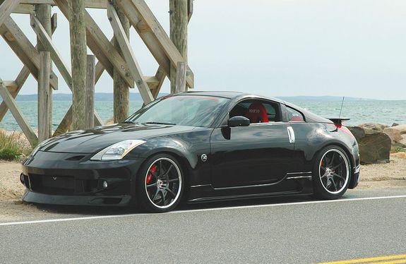 Another Red_Z33 2004 Nissan 350Z post... - 11031792