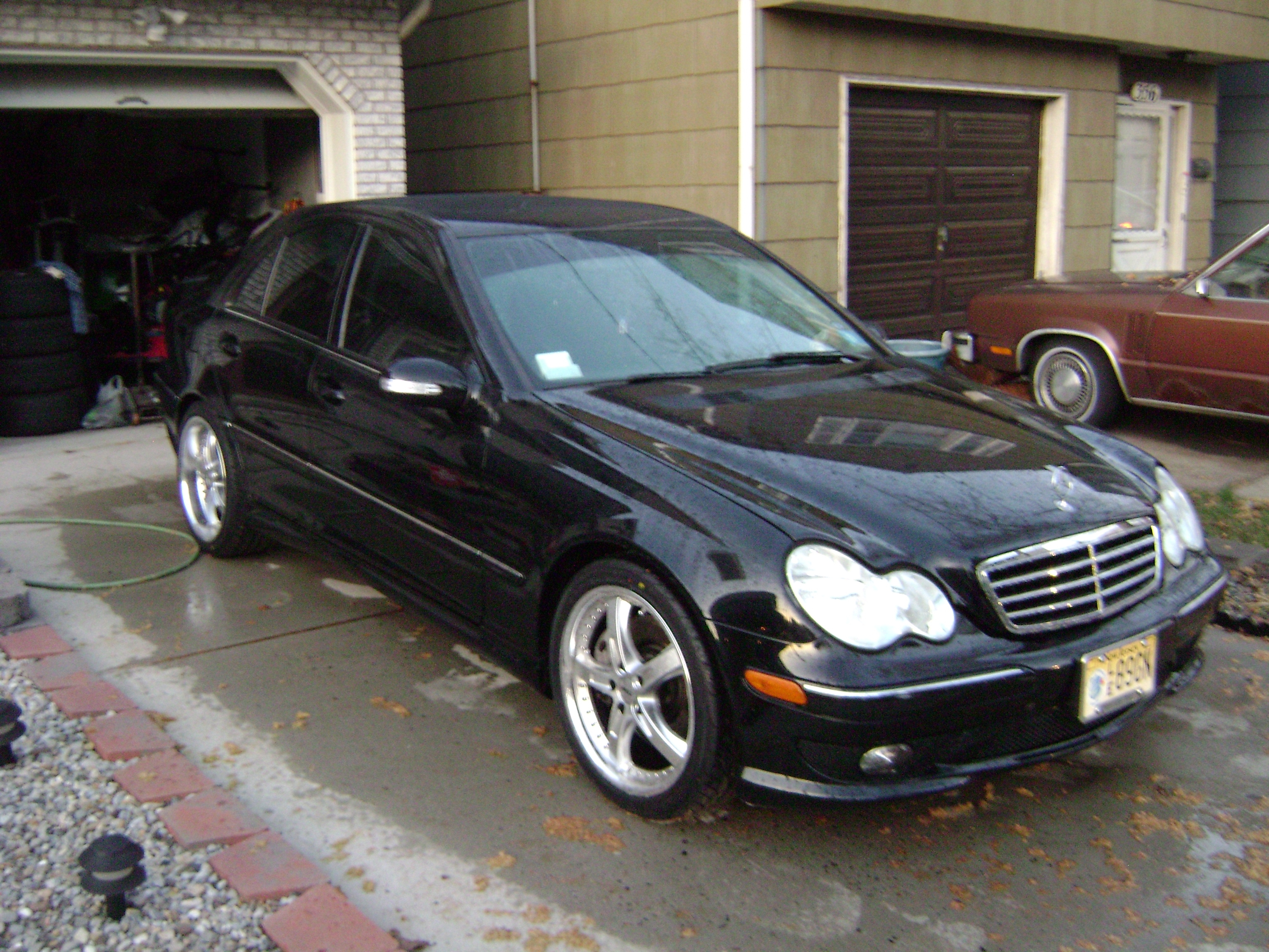Eddienlaura 2005 mercedes benz c class specs photos for Mercedes benz c class horsepower