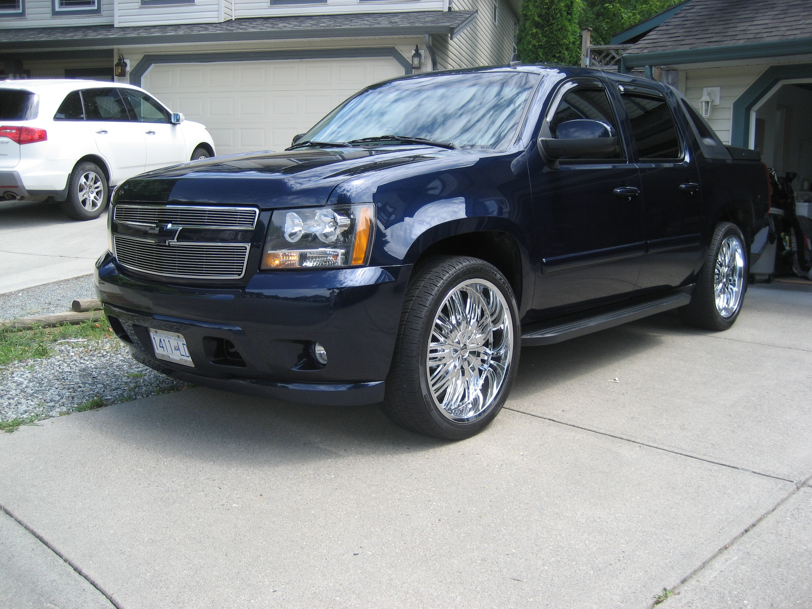 noogie 17 2008 chevrolet avalanche specs photos. Black Bedroom Furniture Sets. Home Design Ideas
