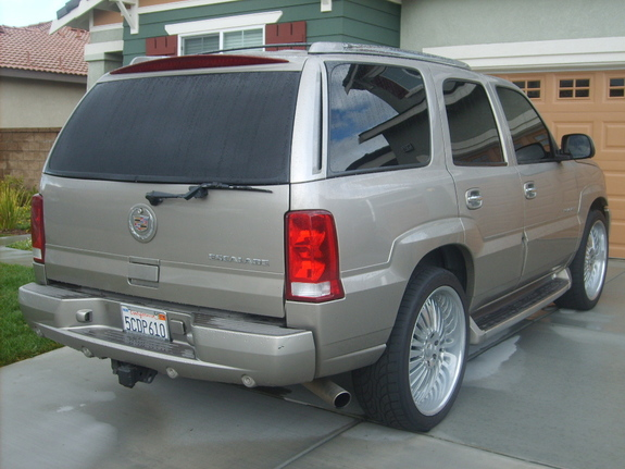 Another betonthis1 2003 Cadillac Escalade post... - 11035363
