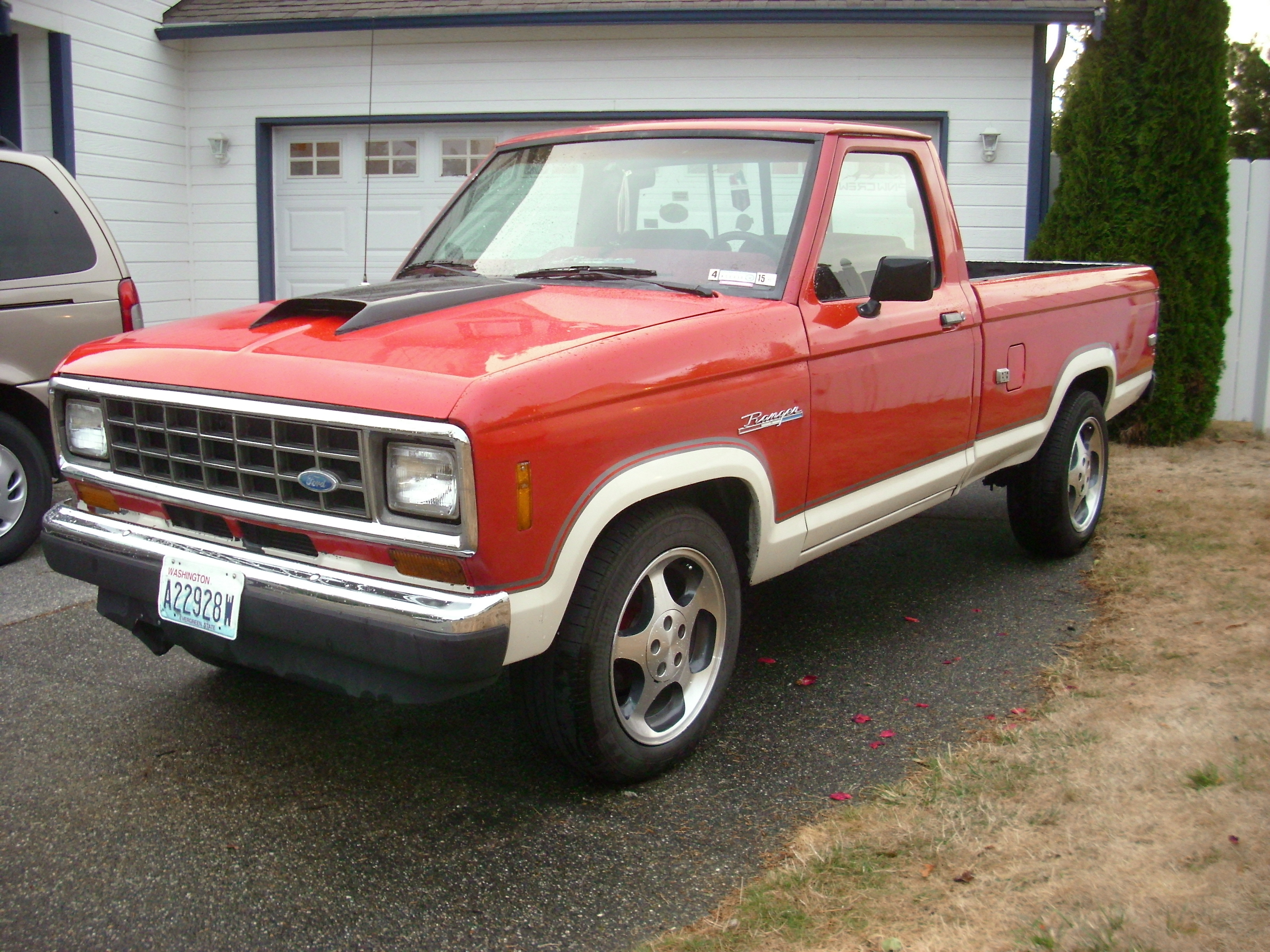Airtruksrus 1987 Ford Ranger Regular Cab