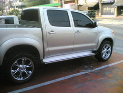 ice27s 2006 Toyota HiLux