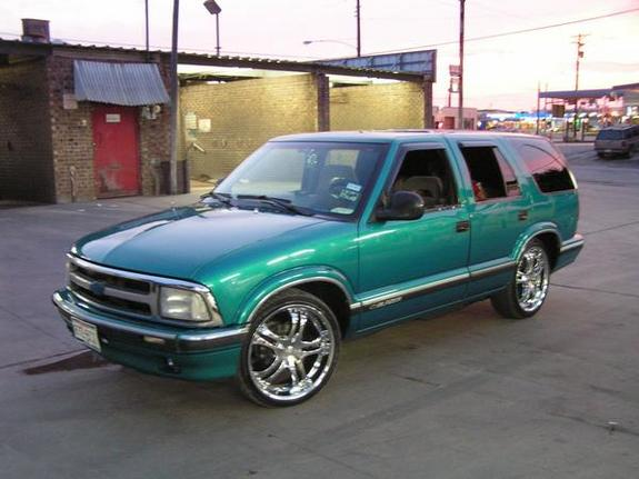big moya13 1996 chevrolet s10 blazer specs photos modification info at cardomain cardomain