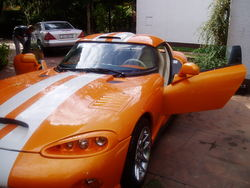 10000011s 2002 Dodge Viper