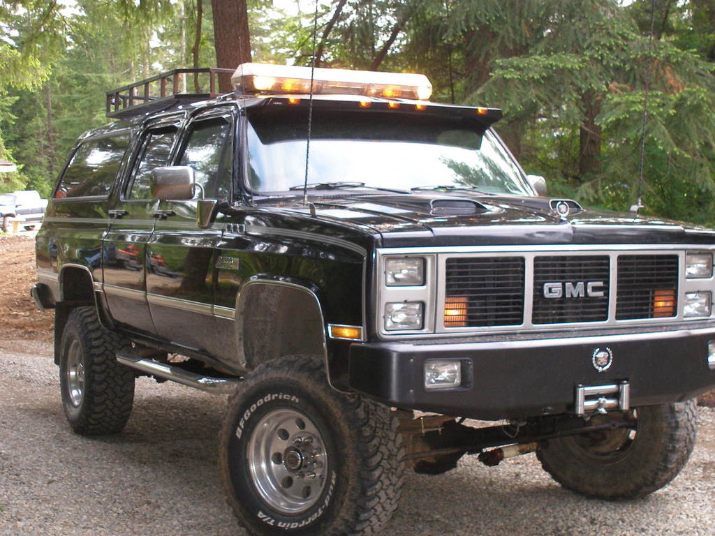 Burbanenforced 1988 Gmc Suburban 1500 Specs Photos