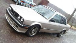 MON3YP1Ts 1986 BMW 3 Series
