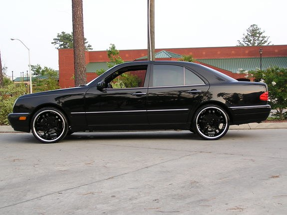 stuntaholic 1998 mercedes benz e class specs photos modification info at cardomain. Black Bedroom Furniture Sets. Home Design Ideas