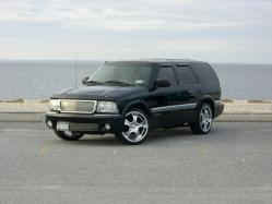 enjoithis 2001 GMC Jimmy