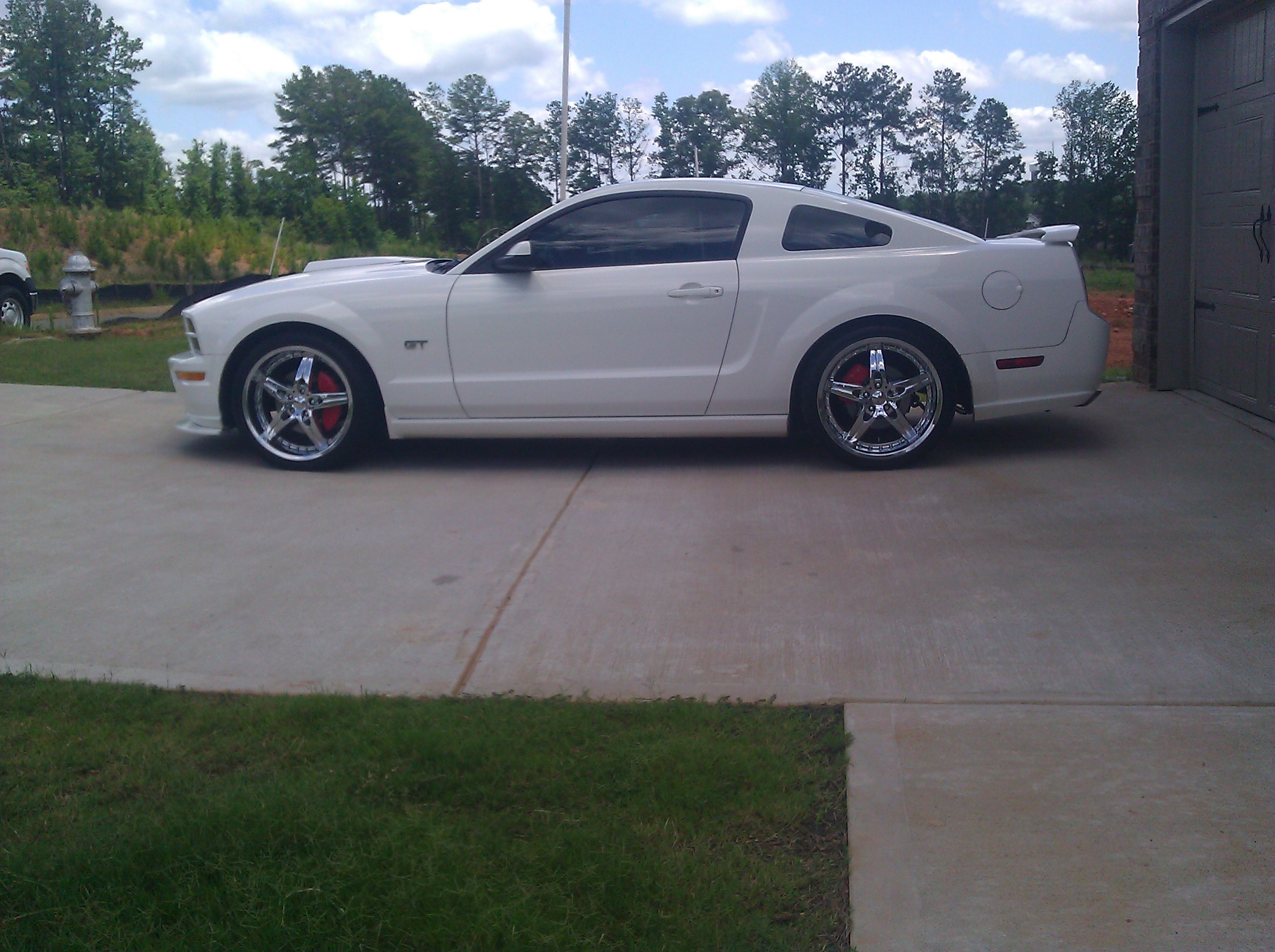 Another reyno626 2009 Ford Mustang post... - 11565646