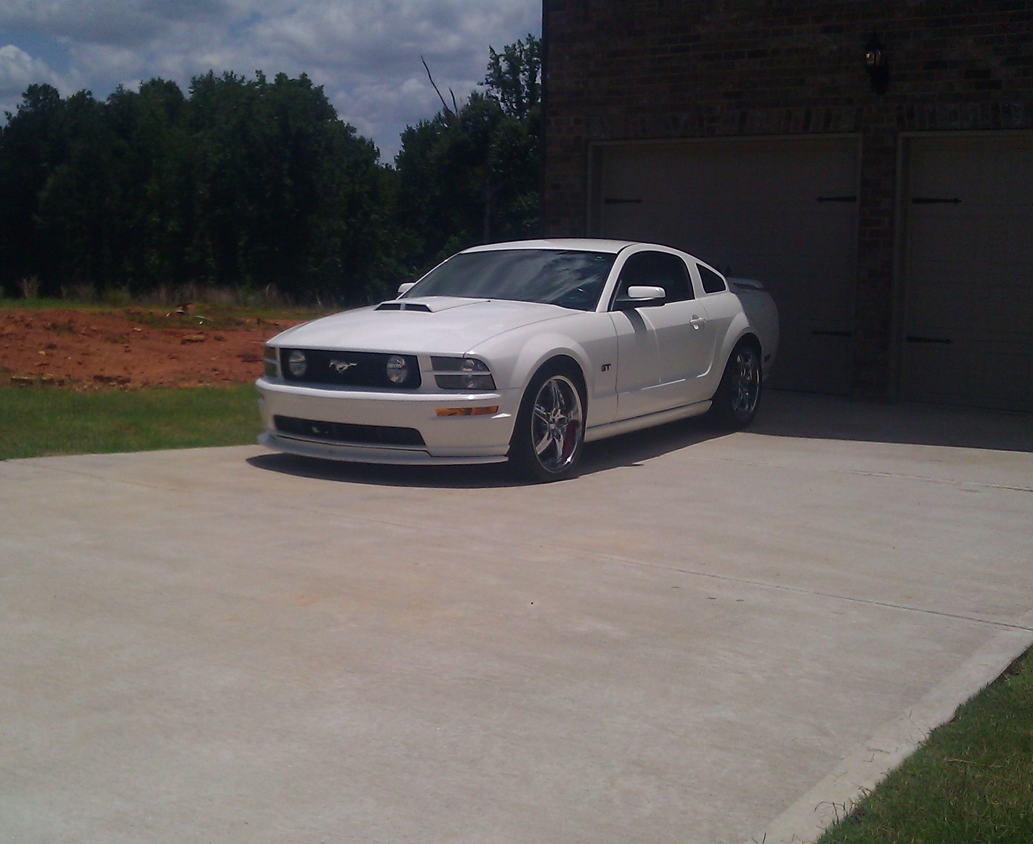 Another reyno626 2009 Ford Mustang post... - 11565648
