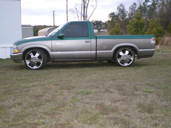 codyhub 2000 chevrolet s10 regular cab specs photos modification info at cardomain. Black Bedroom Furniture Sets. Home Design Ideas