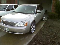 crucialwayz 2006 Ford Five Hundred