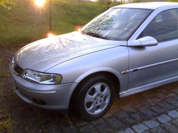 julianro's 2001 Opel Vectra