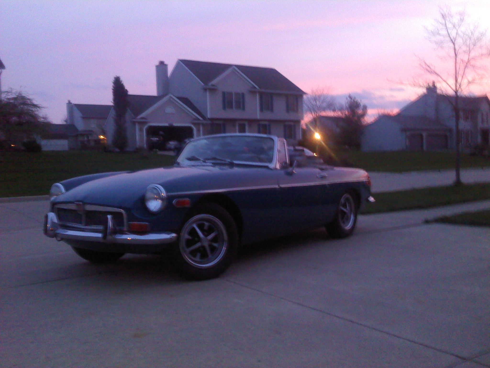 Another TDWPgtp 1973 MG MGB post... - 11130832