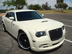 fasiltirus 2006 Chrysler 300