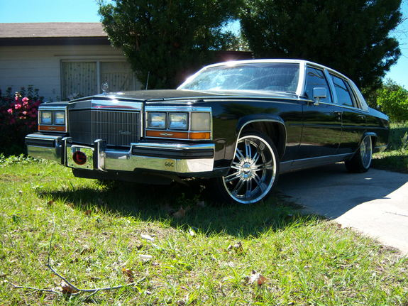 Another deadfresh 1986 Cadillac Fleetwood post... - 11147852