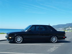 jkh11s 1986 BMW 5 Series