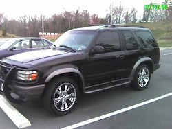 superchillins 1998 Ford Explorer Sport