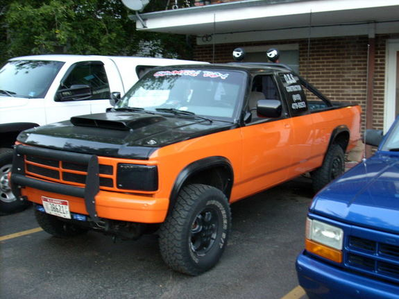 Large on 1994 Dodge Dakota Specs