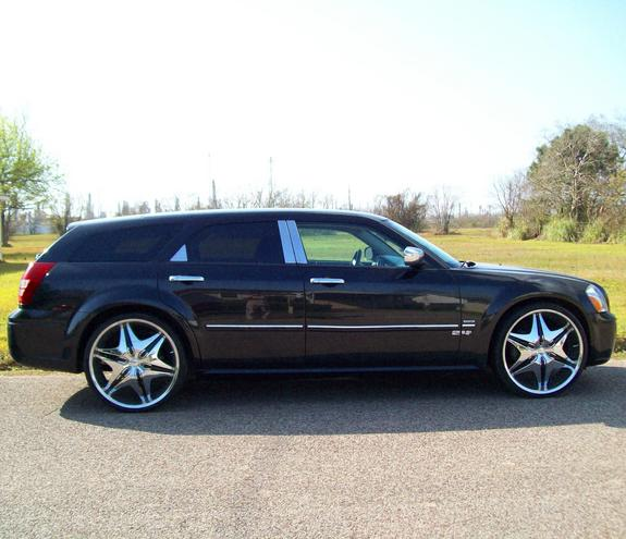 Another 24-inch 2005 Dodge Magnum post... - 11184348