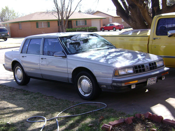 Another k00lguy 1990 Oldsmobile Touring Sedan post... - 11189531