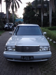 dhira 1994 Toyota Crown