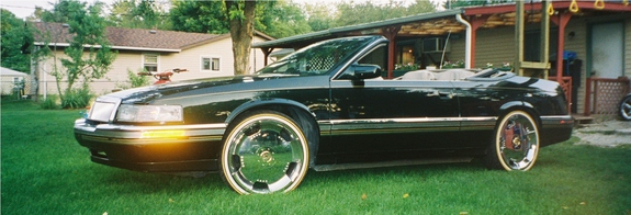 CHITOWNSILLEST 2004 Cadillac DeVille 11197397