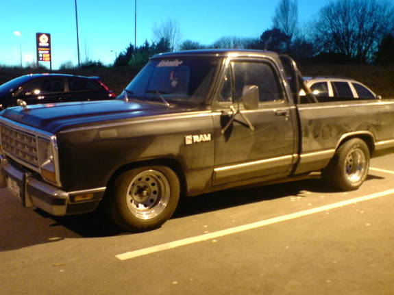 Hallball s 1982 dodge ram 1500 regular cab in haugesund