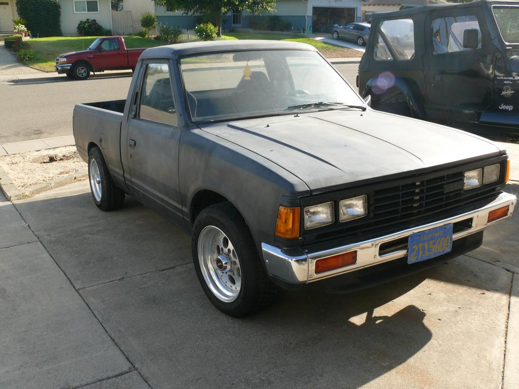 erikosbad 1986 nissan 720 pick up specs photos. Black Bedroom Furniture Sets. Home Design Ideas
