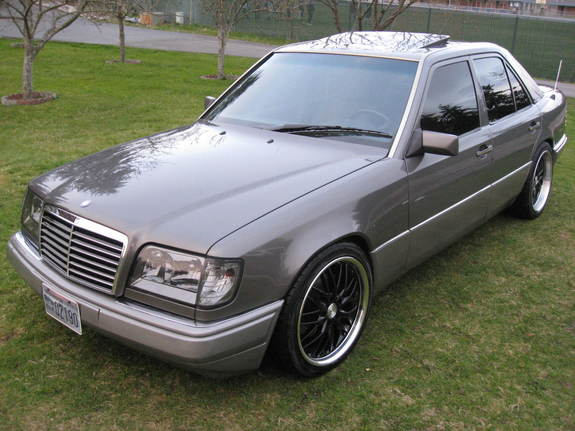 Badabenz 1994 mercedes benz e class specs photos for 1994 mercedes benz e class