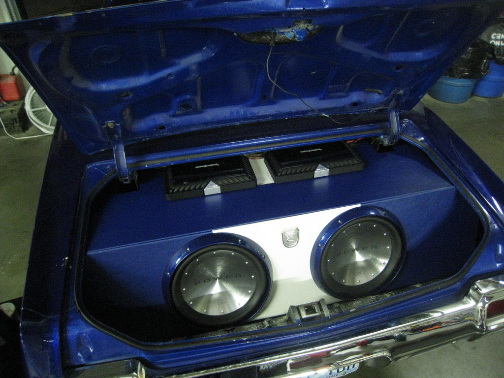 Another nwgrind 1971 oldsmobile cutlass supreme post1846279 by we threw in 2 t1 15s t1500 sub amp sciox Gallery
