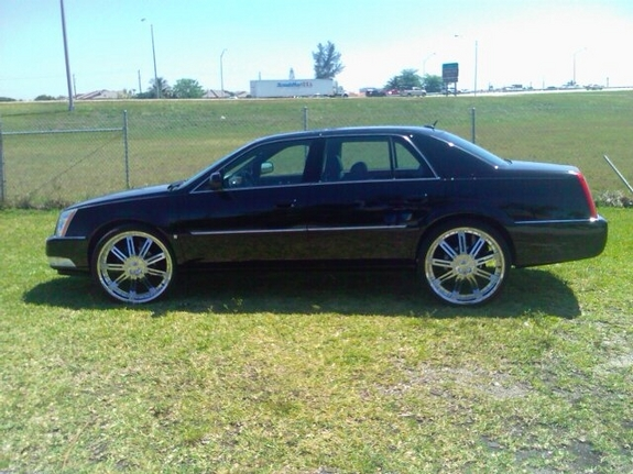 Another dtson24z 2008 Cadillac DTS post... - 11236315