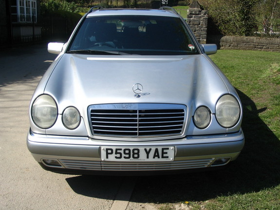 Danyosan3 39 s 1997 mercedes benz e class in port talbot for 1997 mercedes benz e class